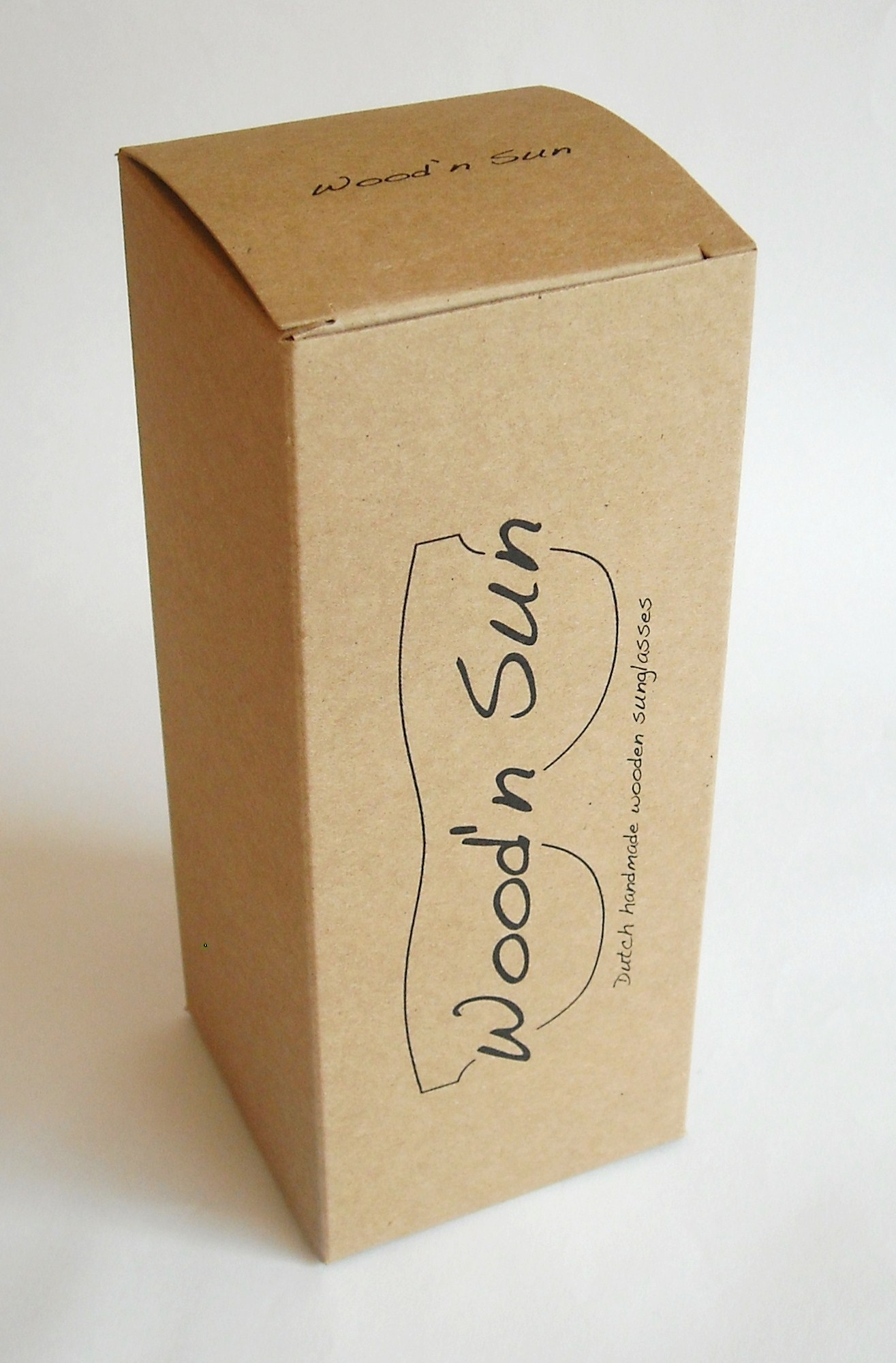 52f19ac8ab1 doosje kraft karton zonnebril wood n sun op maat bedrukt ...